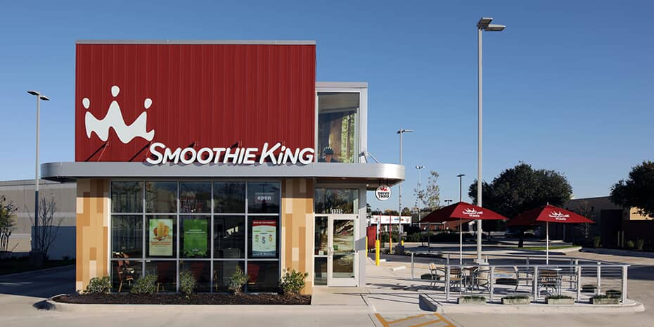 smoothie king restaurant exterior photo